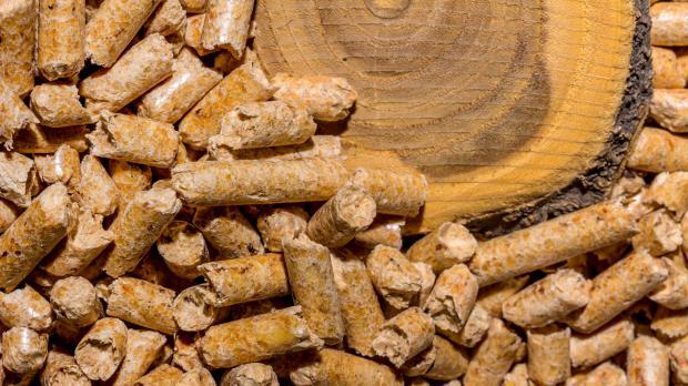 Holzpellets aus Holzresten