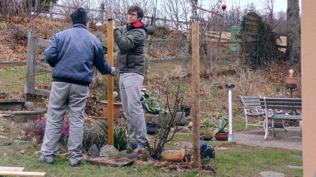 Zaunpfosten setzen top begonnen wir mit anfangs und for Boden neu aufbauen