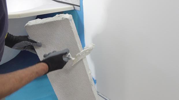 Ersten Stein anbringen