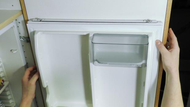 Smeg Kühlschrank Anschlag Wechseln : Smeg kühlschrank anschlag wechseln kühlschranktür von links nach