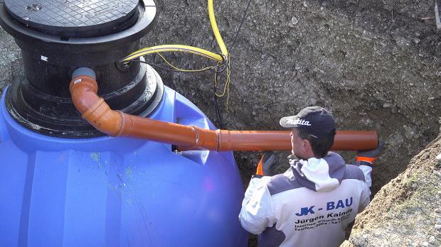 Regenwasserspeicher einbauen