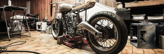 Motorrad in der Garage | Splitshire - pixabay.com