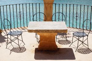 Materialfrage: Die richtige Brüstung für Balkone und Dachterrassen