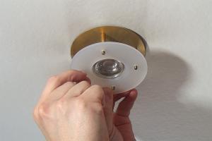 12-Volt-Halogenstrahler durch LED-Strahler ersetzen
