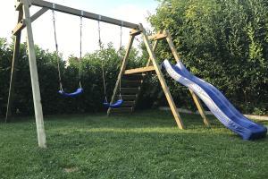 Spielgeräte im Garten : Spaß für die Kleinen, Erholung für die Großen