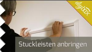 Embedded thumbnail for Stuckleisten anbringen und spachteln - Das Tapetenbild